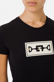 T-shirt con ricamo morsetto